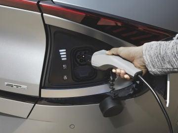 Ventas de coches eléctricos en junio en España