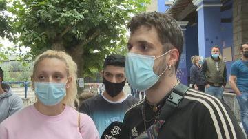 """Los amigos de la víctima de la paliza de Amorebieta: """"Son gente del barrio, hemos estado juntos y mira ahora lo que hacen"""""""