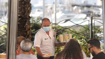 El turismo nacional salva la campaña de verano pese al coronavirus y mejora los datos del año pasado