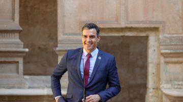 """Pedro Sánchez critica la """"actitud hostil de la oposición más furibunda e irresponsable de Europa"""""""