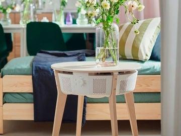 Esta mesa auxiliar de IKEA en realidad es un purificador inteligente