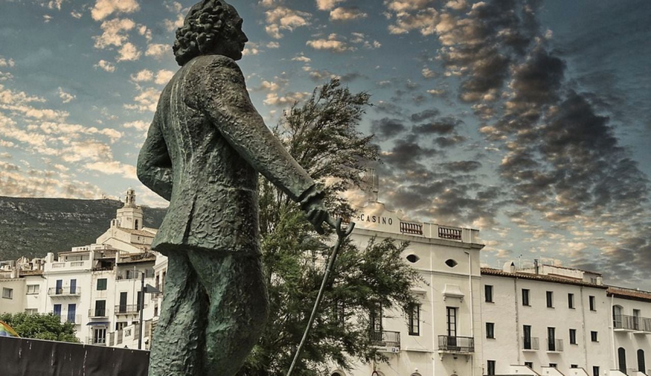 Estatua de Dalí en Cadaqués