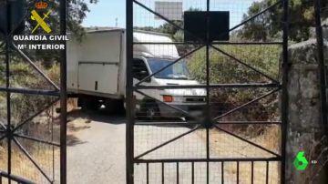 El camión de Toledo en el que se ha hallado el cuerpo de la víctima