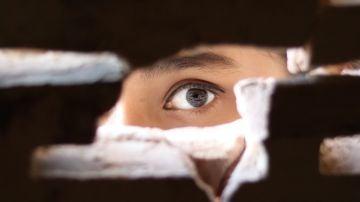 Condenada por pedirle a Alexa que espiara y acosara a su exnovio y su pareja