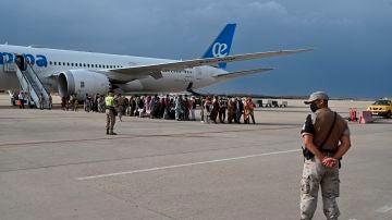 Llegada de colaboradores afganos a Torrejón de Ardoz, Madrid