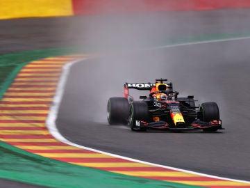 Max Verstappen logra su sexta pole del año