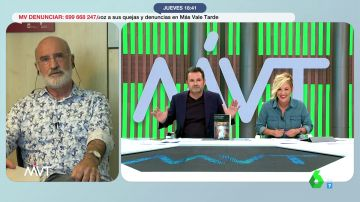 """El doble lapsus de Iñaki López al presentar a Fernando Aramburu que desata la risa de Cristina Pardo: """"Qué día llevas"""""""