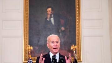 El presidente de Estados Unidos, Joe Biden, habla en conferencia de prensa en la Casa Blanca este jueves