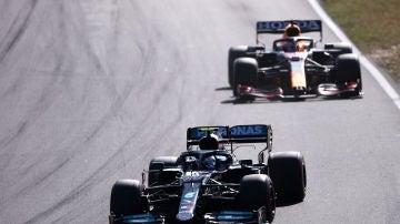 Red Bull y Mercedes