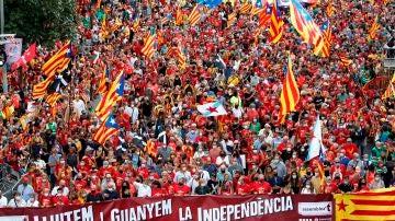 Centenares de personas participan en la manifestación convocada por la ANC en Barcelona con motivo de la Diada del 11 de septiembre