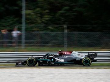 Valtteri Bottas logra el mejor tiempo en clasificación