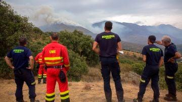 Controlado el incendio en Málaga: la lluvia impulsa las labores de extinción y 1.366 personas pueden volver a sus casas