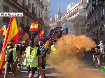 """Grupos neonazis marchan por Chueca al grito de """"fuera, maricas, de nuestros barrios"""" y """"fuera, sidosos, de Madrid"""""""