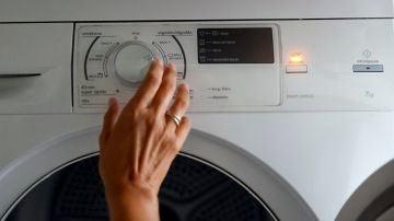 Imagen de archivo de una secadora en funcionamiento