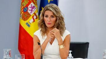 La vicepresidenta segunda y ministra de Trabajo, Yolanda Díaz, en la rueda de prensa tras el Consejo de Ministros