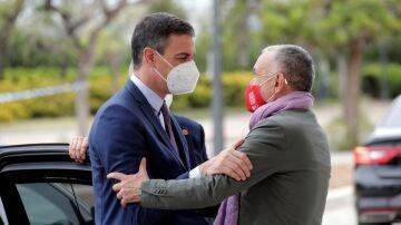 Pepe Álvarez (UGT) junto a Pedro Sánchez en una imagen de archivo