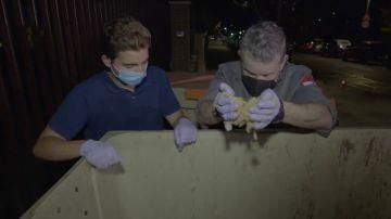 Alberto Chicote no puede esconder su rabia con lo que descubre en el contenedor de varios colegios