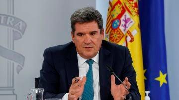 El ministro de Inclusión, Seguridad Social y Migraciones, José Luis Escrivà, en rueda de prensa tras el Consejo de Ministros