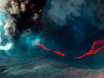 Ríos de lava del volcán de La Palma