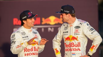 Sergio Pérez y Max Verstappen