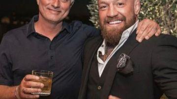 Mourinho, junto a Conor McGregor