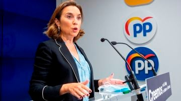 """Cuca Gamarra denuncia el """"fracaso"""" del escudo social del PSOE: """"Solo hay un escudo político para proteger a Sánchez"""""""