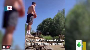 Su padre le ofreció 1.000 dólares si encestaba una canasta imposible... y esto fue lo que pasó