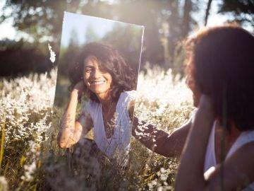 El 90 de las mujeres con menopausia sufre sofocos sequedad o dolor articular