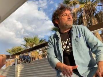 Jordi Évole cantando 'grita' de Jarabe de Palo