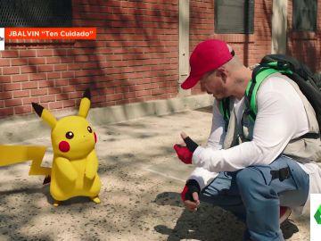 El 'cameo' de Pikachu en el último videoclip de J Balvin: Cristinini nos descubre el fenómeno Pokémon en su 25º aniversario