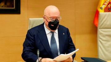 El expolicía José Villarejo comparece ante la comisión parlamentaria que investiga la presunta trama parapolicial diseñada para espiar al extesorero del PP Luis Bárcenas