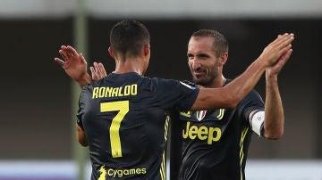 Cristiano Ronaldo y Chiellini