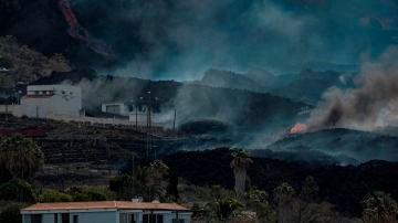 La colada norte del volcán de La Palma avanzando por el barrio de La Laguna