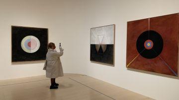 """Exposición """"Mujeres de la abstracción"""""""