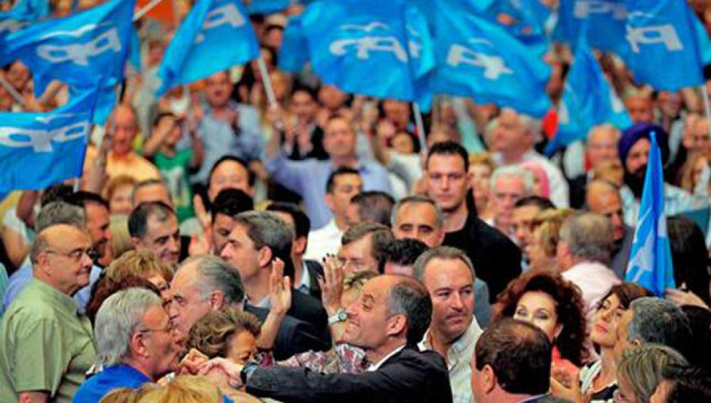 El presidente del PP valenciano, Francisco Camps, durante un acto