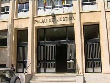 La acusada deberá comparecer en los juzgados de guardia de Tarragona