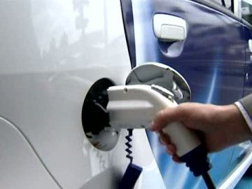 Recarga de un coche eléctrico