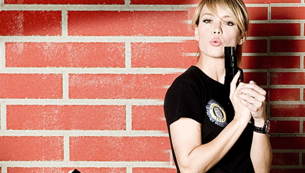 Patricia Conde da vida a la atractiva agente Paula Noval.