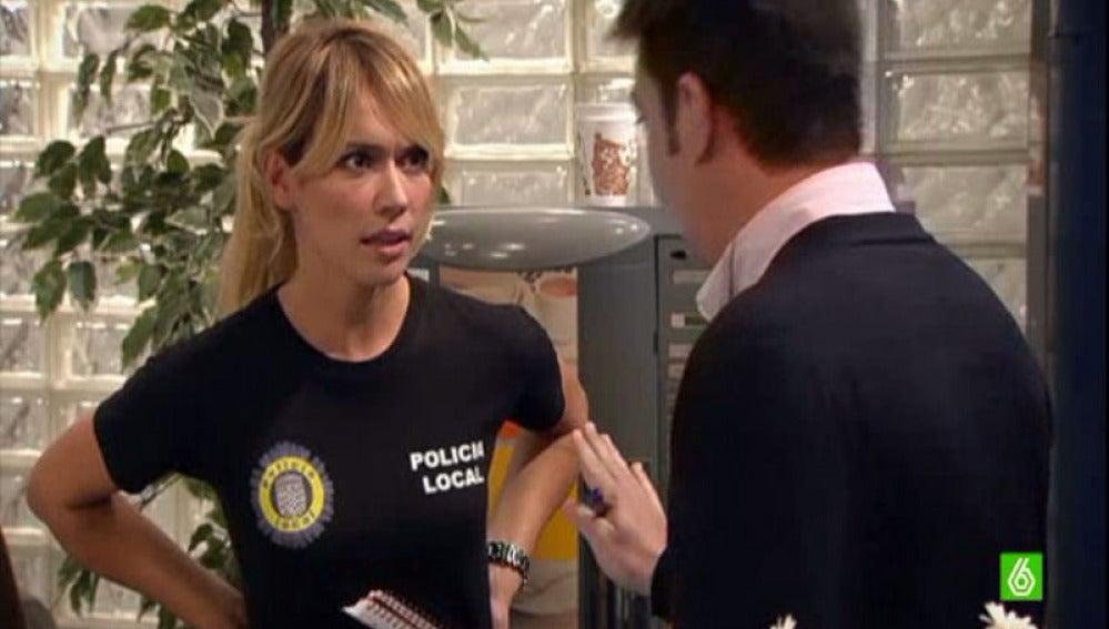 Paula descubre las notas de Agus y los despidos en comisaría