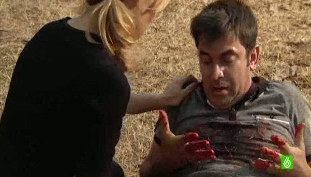 Agus recibe un disparo al intentar salvar a Paula