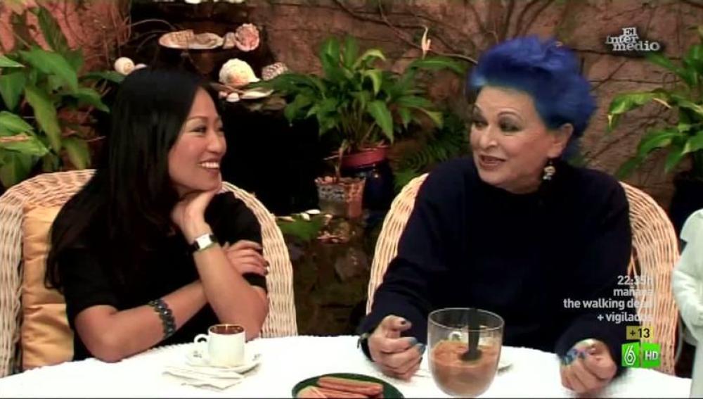 Imagen Usun se auto invita en casa de Lucía Bosé