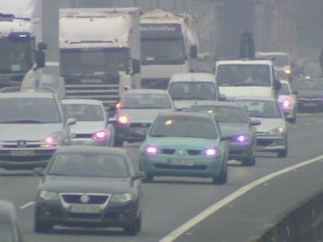 La niebla en la carretera