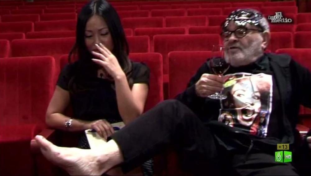 Imagen Usun comprueba si a Arrabal le huelen los pies
