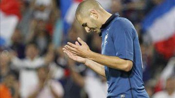 Benzema, en un encuentro con Francia
