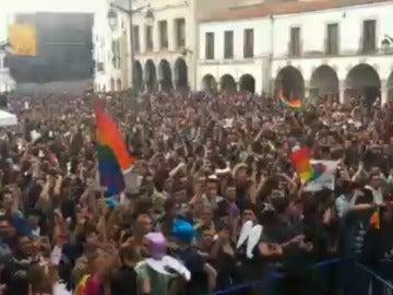 La canción oficial de la Caravana de Palomos