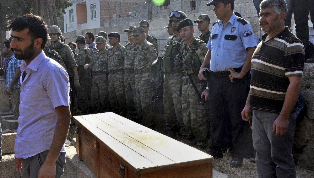 Funeral de una víctima turca