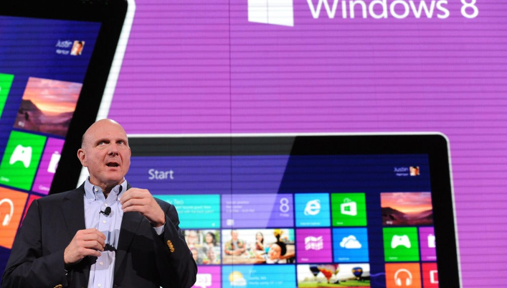 El director Ejecutivo de Microsoft, Steve Ballmer, presenta Windows Phone 8