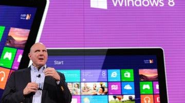 El director Ejecutivo de Microsoft, Steve Ballmer, presenta Windows Phone 8
