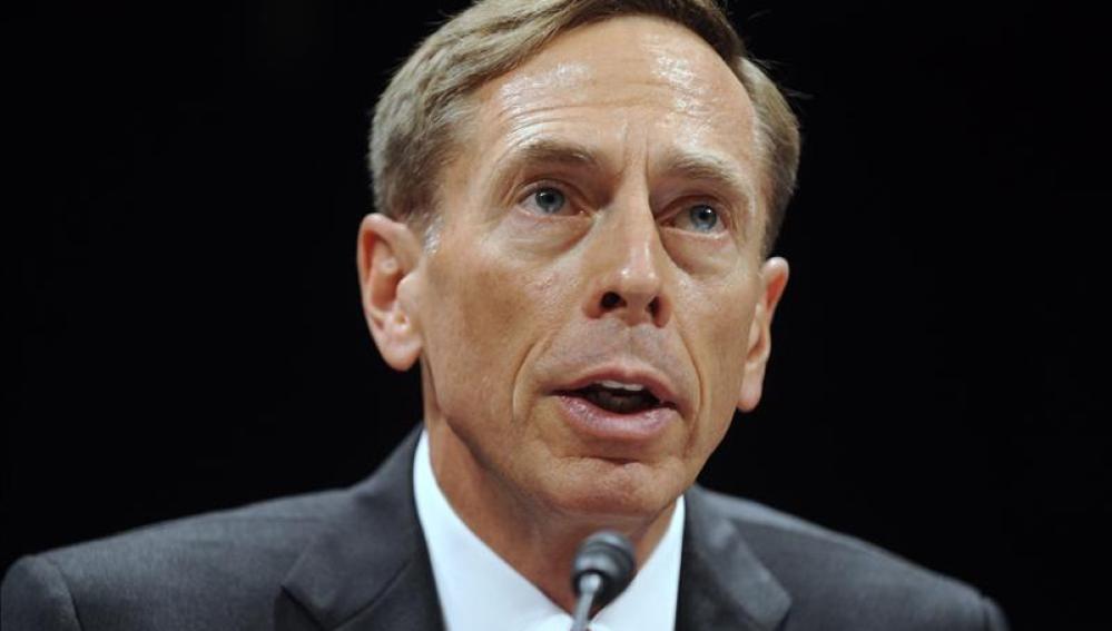 Petraeus, exdirector de la CIA
