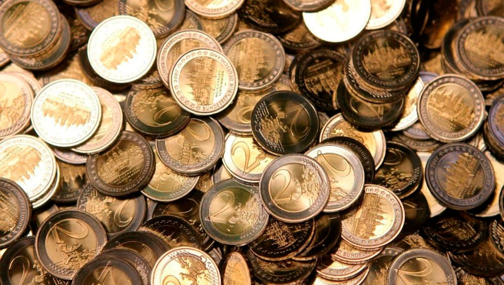 Monedas de dos euros en una imagen de archivo